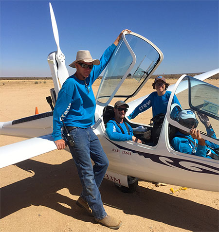 Southern California Soaring Academy, The Line Crew gets to have some soaring time